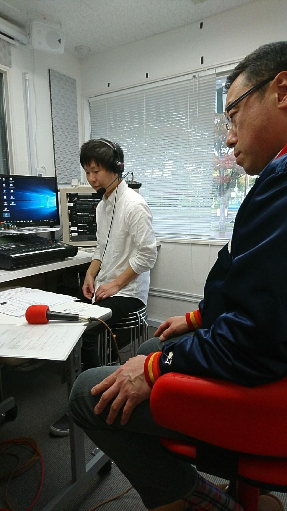 突撃生ラジオ_b0237229_15283267.jpg