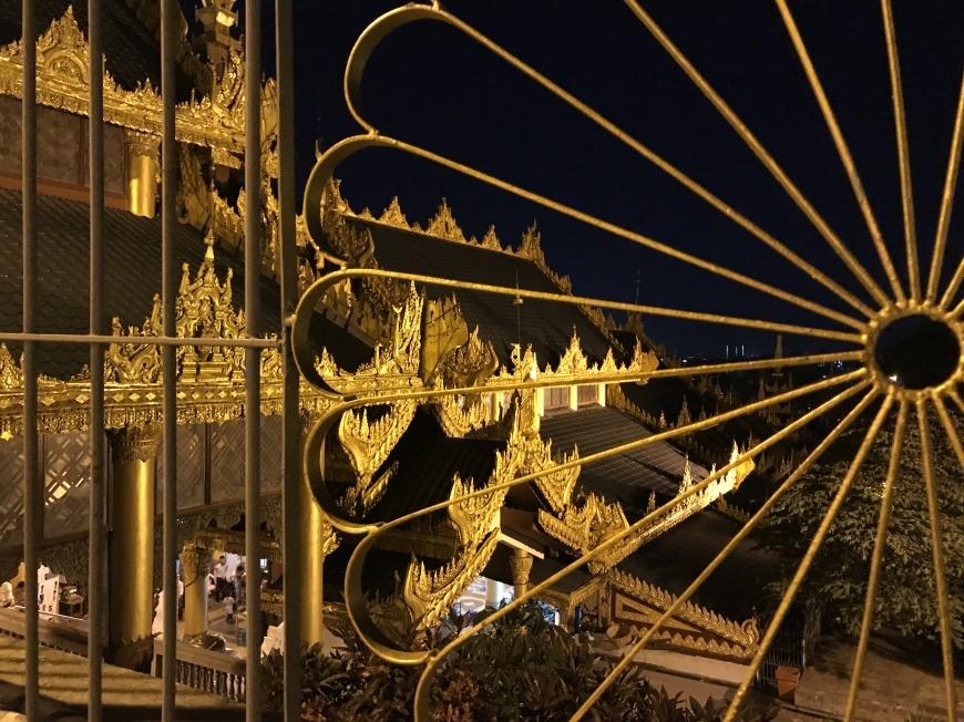 2018/10/31 ミャンマー:その2 ヤンゴンで_b0171364_14072256.jpg