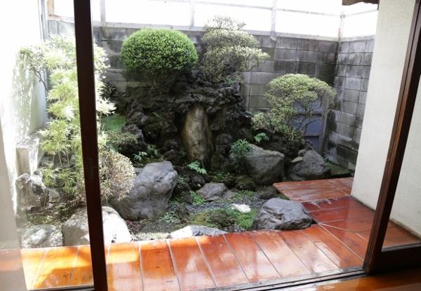 荒川の堤防にほど近いお風呂屋さんは、昭和5年創業の下町風情溢れる銭湯。_e0120614_16191297.jpg