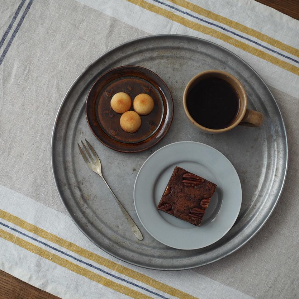 お茶の時間と11月の営業日_b0206421_12560249.jpg
