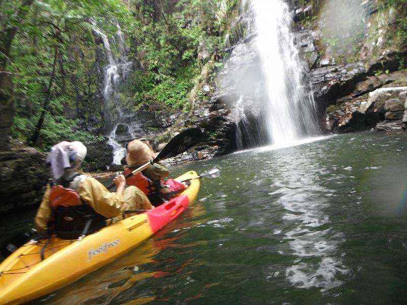 冬のカヌーはでっかい滝を見に行きます!!_f0121321_17292800.jpg