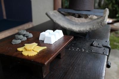 25周年記念茶器展 韓国骨董茶器 お茶席_a0279848_11471818.jpg
