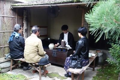 25周年記念茶器展 韓国骨董茶器 お茶席_a0279848_11473897.jpg