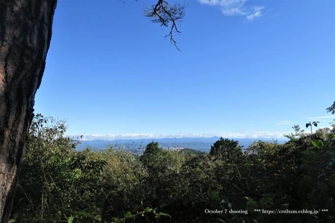 10月のひとり山歩き  アケボノソウを求めて_e0348754_08111646.jpg
