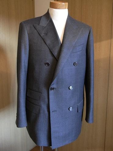 「DOLCE VITA」×「岩手のスーツ」=格調の高い色気 編_c0177259_23183312.jpg
