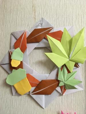 折り紙にハマる_b0392383_08593964.jpg
