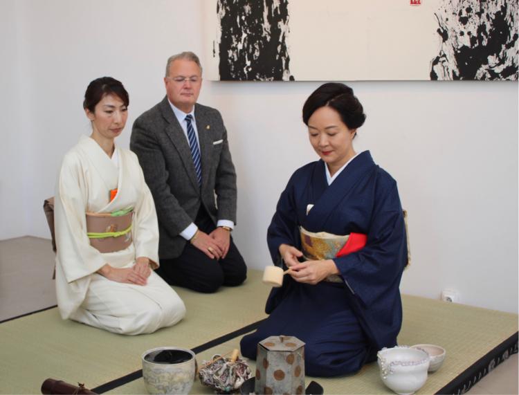 AREThéパリ記念茶会 御礼_d0334837_14170239.jpg