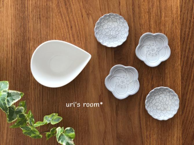 セリアで話題の可愛い豆皿!それから…盛り上がっています鷹vs鯉!_a0341288_19380046.jpg