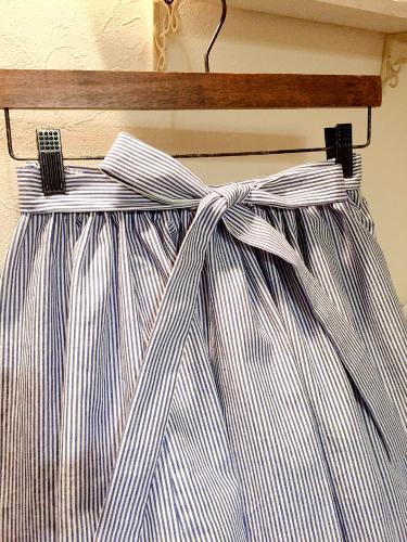 ブルーのヒッコリーの紗依/ブラウスと、Casshy/スカート (セミオーダー)_b0199696_18394815.jpg
