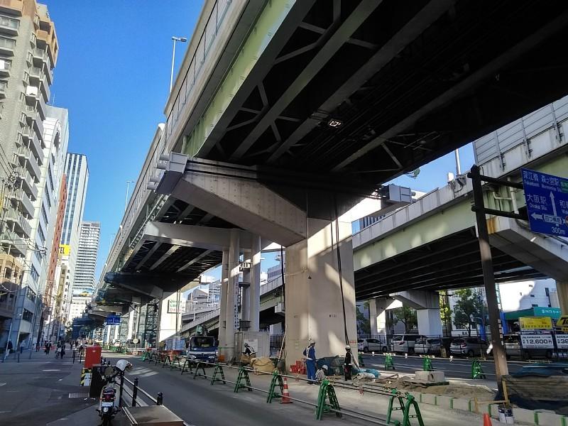 阪神高速 阿波座西行付加車線 大規模改修工事を計画中か?_c0340867_23300783.jpg