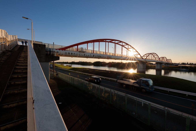 水管橋を歩いてみよう!「新中川水管橋」_c0369219_04170466.jpg