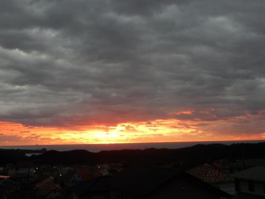 '18,11,4(日)真っ赤な太陽と鯛のカルパッチョ!_f0060461_12005849.jpg