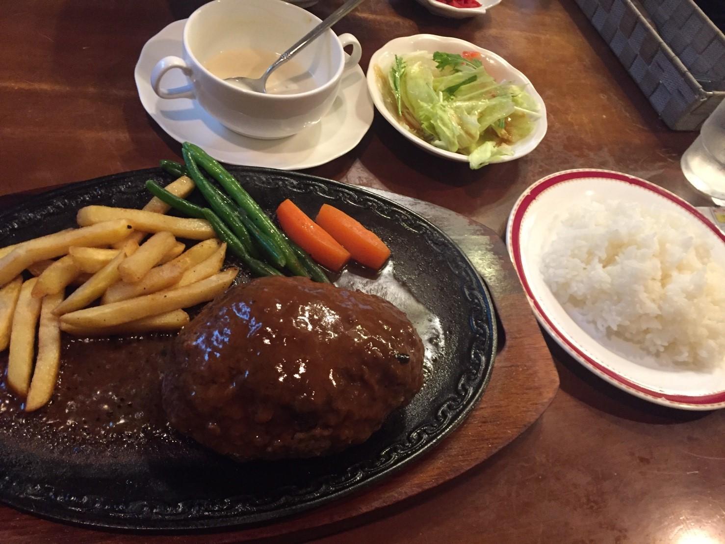 レストラン  べるしい  FINAL_e0115904_04101062.jpg