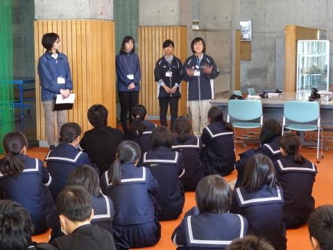 吉江中学校で疑似体験_b0159251_17150426.jpg