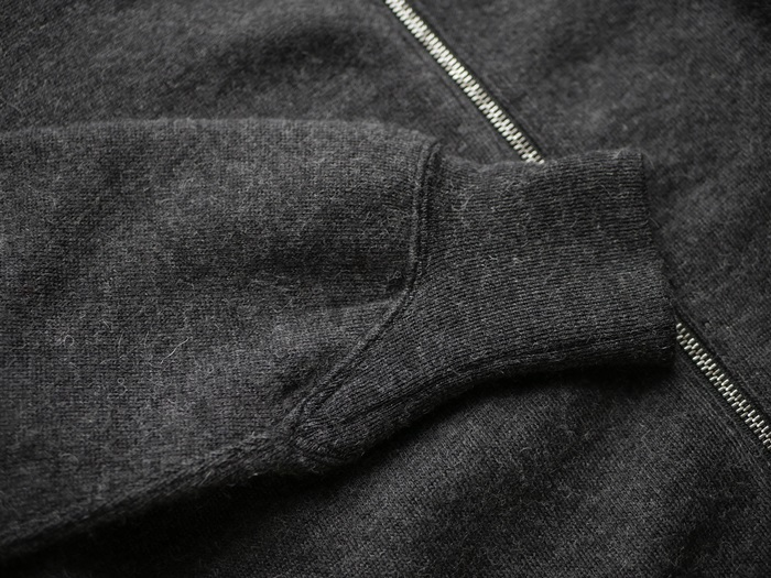 OUTER & KNIT COLLECTION ~セレクト ニット編~_e0247148_17373416.jpg