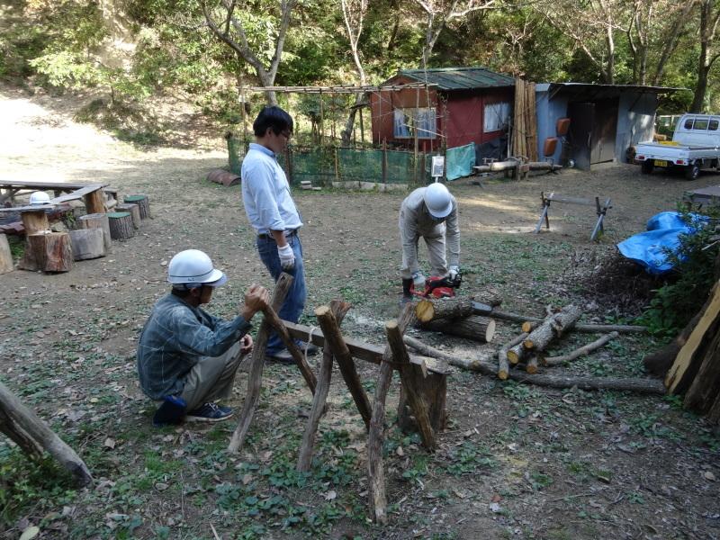 枯れ松 大木の伐採準備・・・孝子の森_c0108460_18052600.jpg