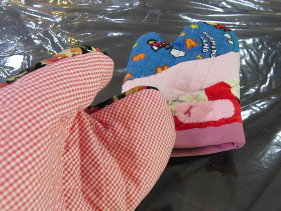 裁縫 ~ 鍋つかみ ~_e0222340_8231263.jpg