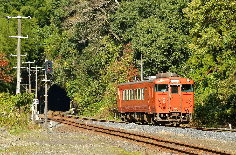 岩徳線と錦川鉄道_a0251146_23423130.jpg