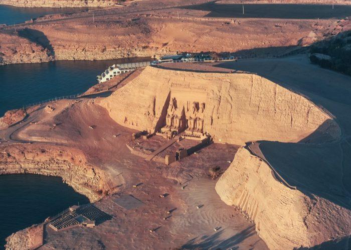 古代エジプト アブ・シンベル神殿_c0011649_08490547.jpg