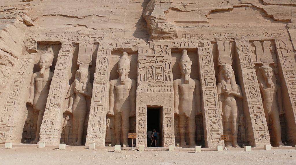 古代エジプト アブ・シンベル神殿_c0011649_08495408.jpg
