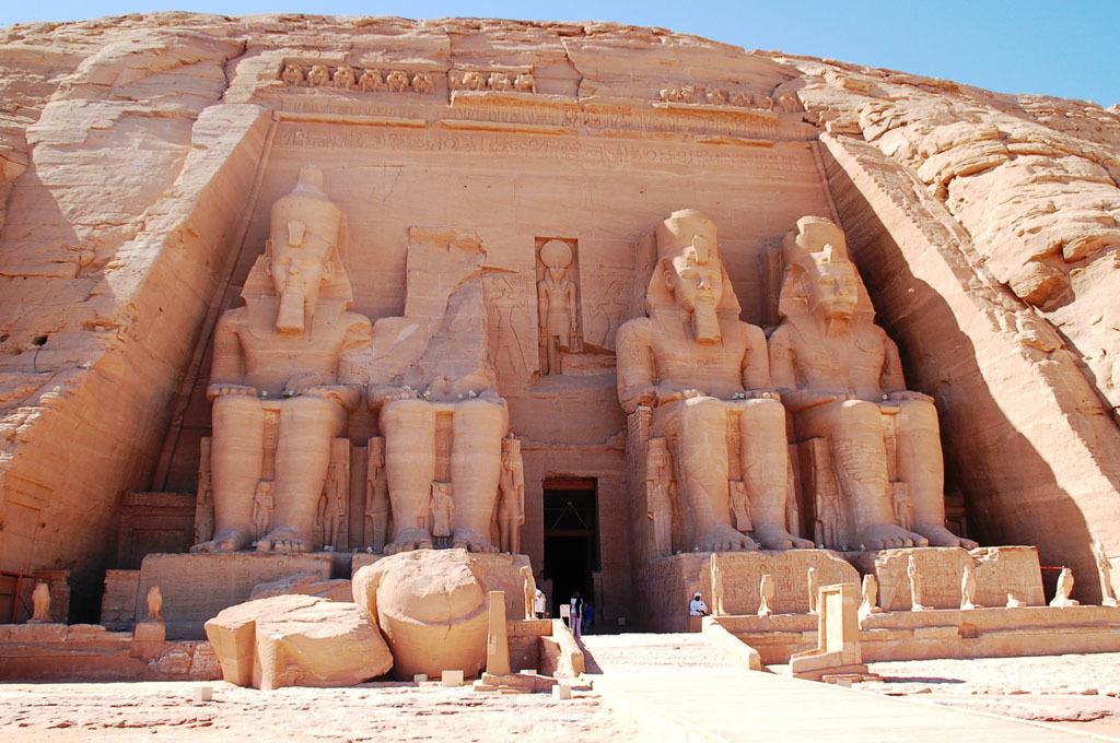 古代エジプト アブ・シンベル神殿_c0011649_09164302.jpg