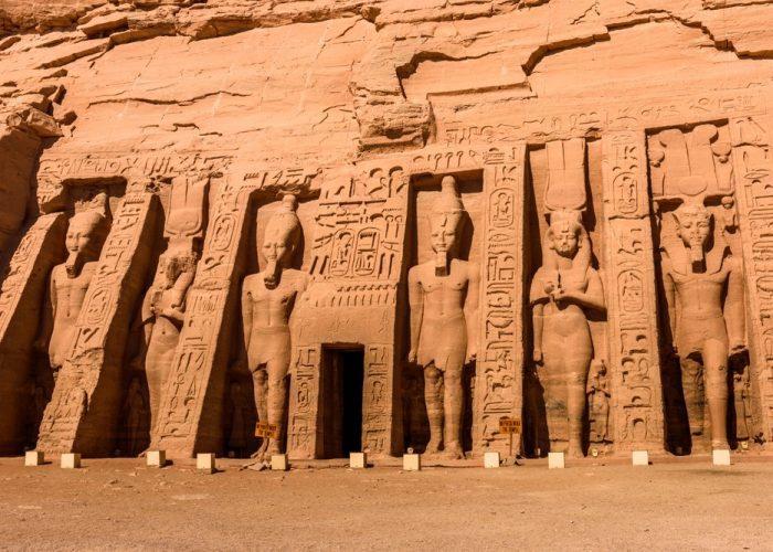 古代エジプト アブ・シンベル神殿_c0011649_21352022.jpg