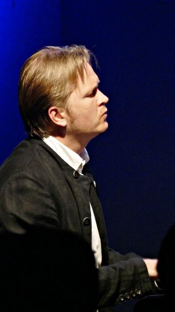 Kristjan Randalu 9月公演_e0081206_1815384.jpg