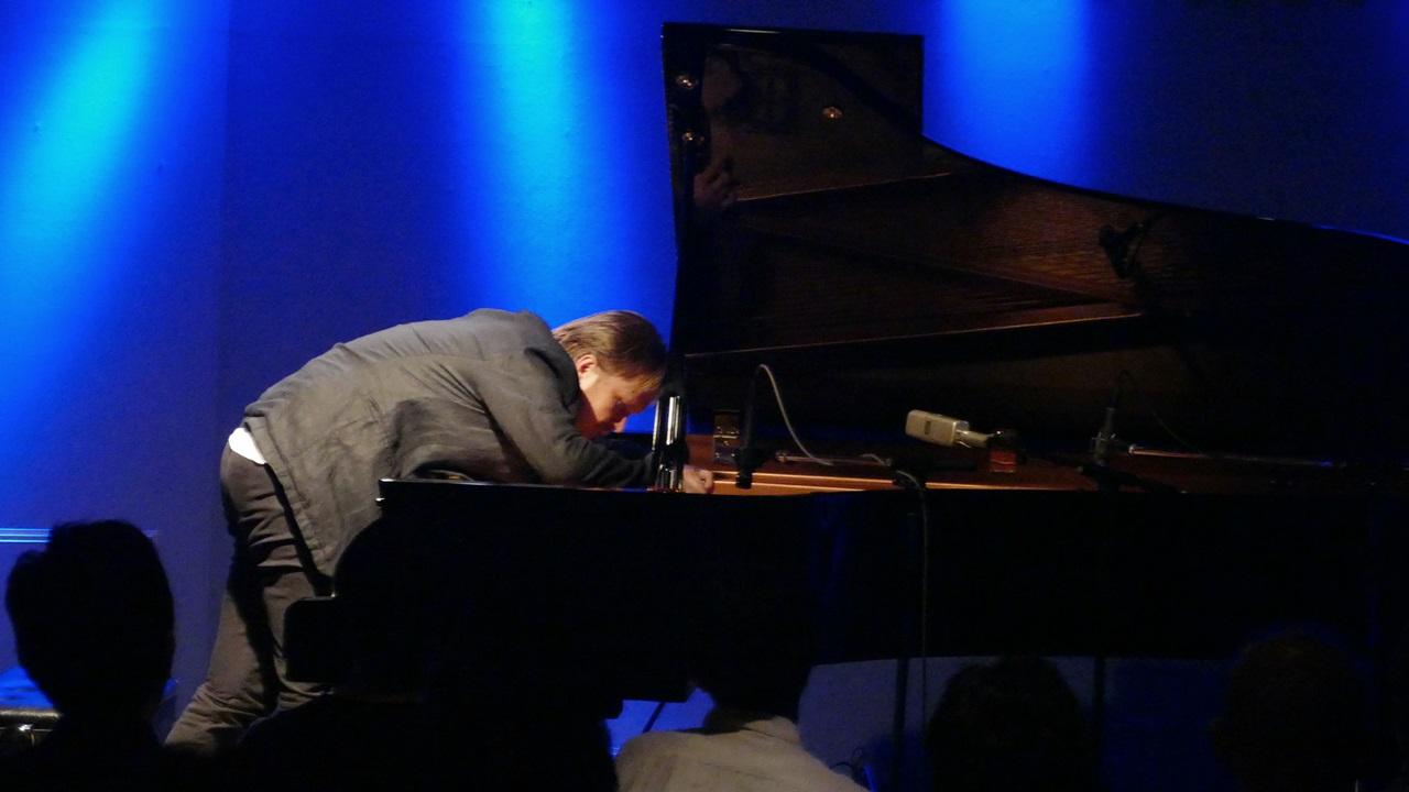 Kristjan Randalu 9月公演_e0081206_1833712.jpg