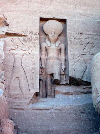 古代エジプト アブ・シンベル神殿_c0011649_01333971.jpg