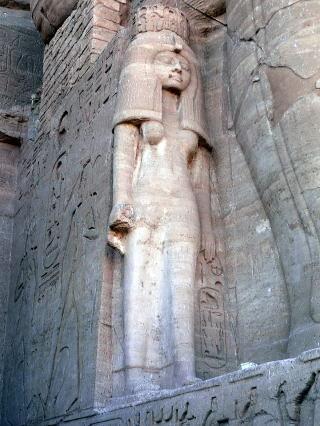 古代エジプト アブ・シンベル神殿_c0011649_01340328.jpg