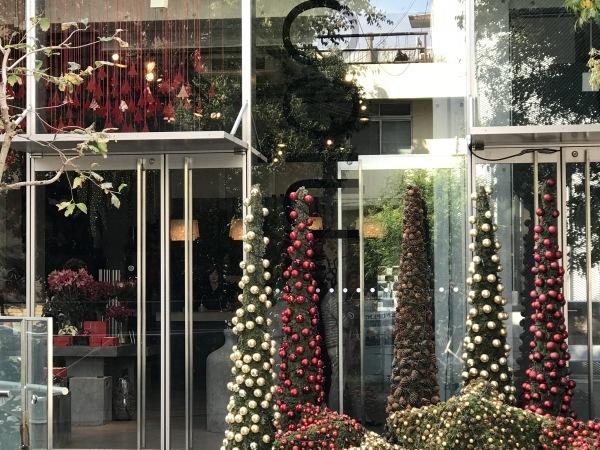 クリスマス準備がもう始まりました。_e0397389_13395964.jpeg