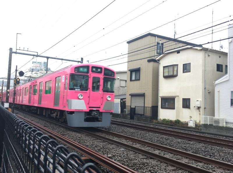 黄色にメーテルに衝撃のピンク!懐かしの西武鉄道池袋線。_d0367998_11354499.jpg