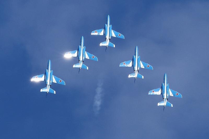 本日12時20分、都心上空にブルーインパルス(臨時のお知らせ)_b0291402_07502474.jpg