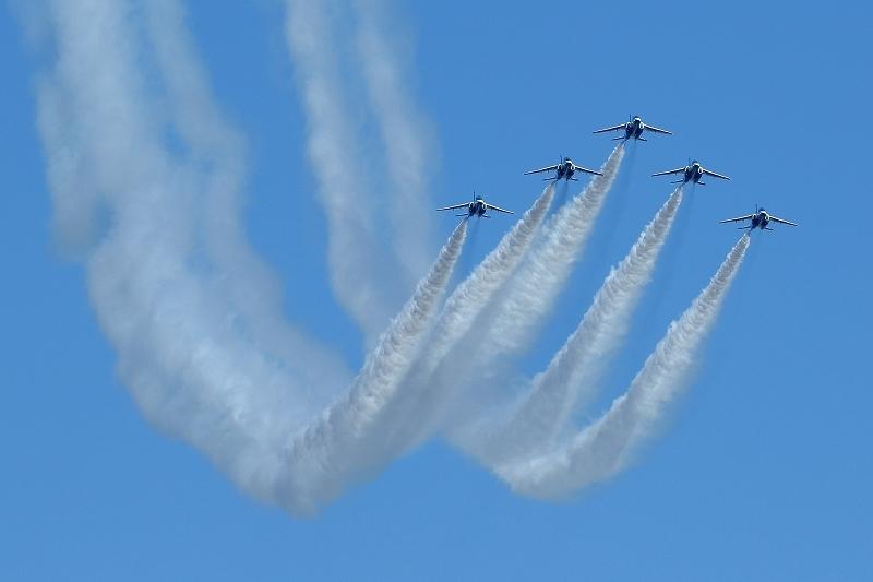 本日12時20分、都心上空にブルーインパルス(臨時のお知らせ)_b0291402_08174717.jpg