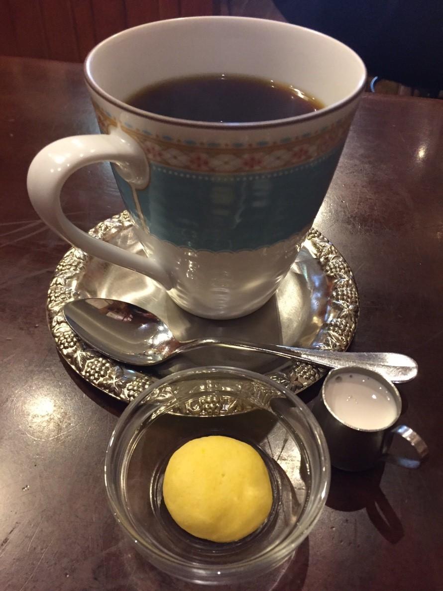 喫茶 1er ぷるみえ (牛蒡と葱のまぜご飯に牛スジコンニャク入りぼっかけソース)_e0115904_21293359.jpg