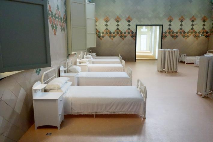 サン・パウ病院 Hospital de Sant Pau リュイス・ドメネク・イ・ムンタネー Sant Pau Recinte Modernista 世界遺産 2018年9月 バルセロナの旅(4)_f0117059_16240630.jpg