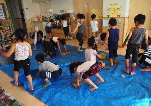5歳児 絵の具遊び_b0068572_09160849.jpg
