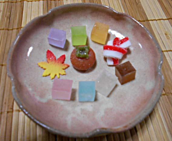 秋の干菓子&庭のようす_f0019498_09311949.jpg