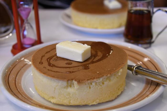 イワタコーヒー店のホットケーキ_a0127090_23154888.jpg