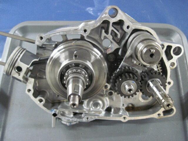 スーパーカブ110(JA44)のエンジン分解_d0368592_20201575.jpg