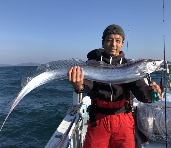 10日・土・雰囲気はあります!タチウオいます!(^▽^) - 愛媛・松山・伊予灘・高速遊漁船 pilarⅢ 海人 本日の釣果