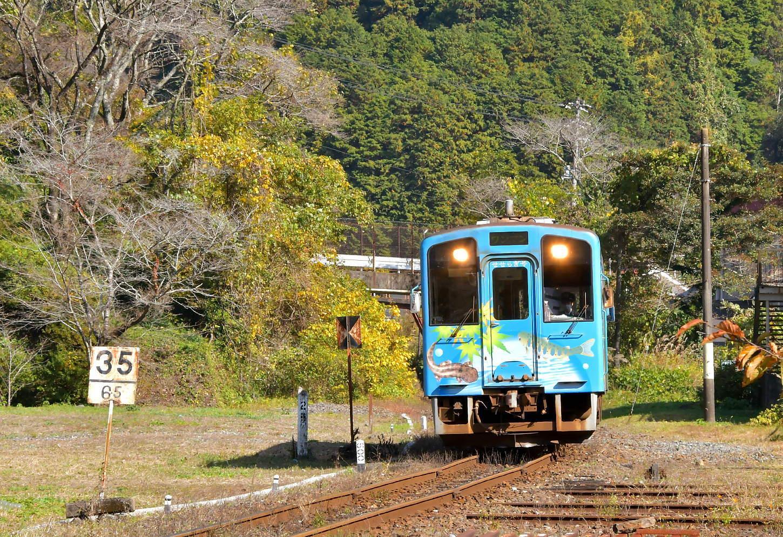 岩徳線と錦川鉄道_a0251146_22493069.jpg