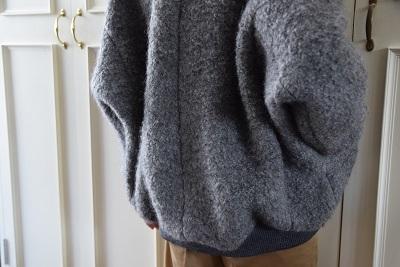 モコモコ 暖かく 、 シルエットも 可愛く  。。。_b0110586_15292161.jpg