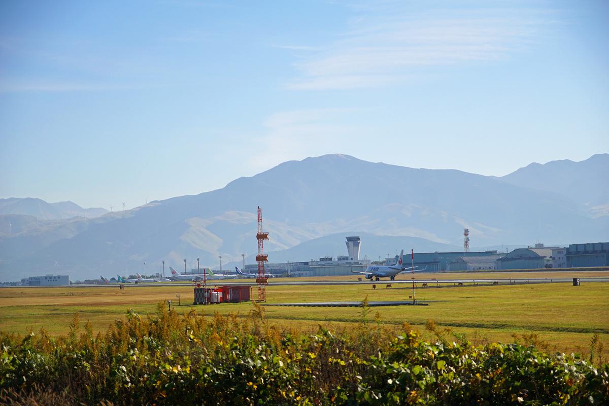 昨日の阿蘇熊本飛行場。_b0044115_09093297.jpg