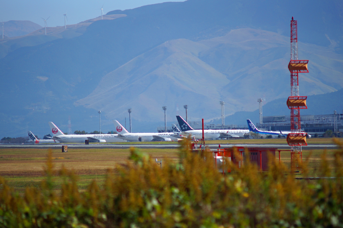 昨日の阿蘇熊本飛行場。_b0044115_09101992.jpg