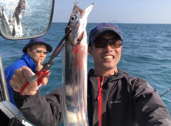 11日・日・釣果編・大波の中、大変で楽しい一日です!(^▽^) - 愛媛・松山・伊予灘・高速遊漁船 pilarⅢ 海人 本日の釣果