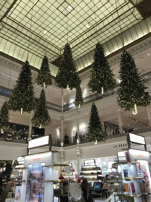 パリはすでにクリスマス_d0355818_21382358.jpeg