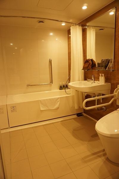 函館国際ホテル・バリアフリールーム_d0269651_07324102.jpg