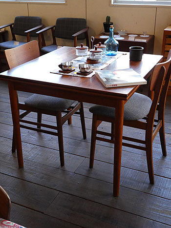 Extension dining table_c0139773_15260269.jpg