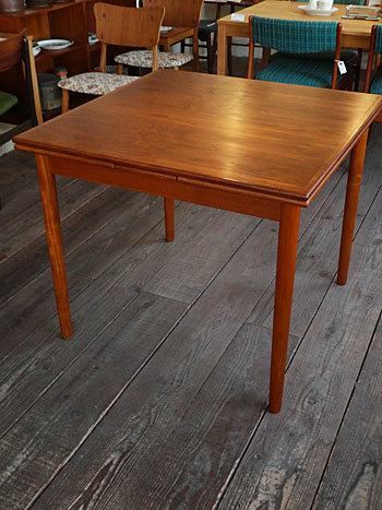 Extension dining table_c0139773_15262535.jpg